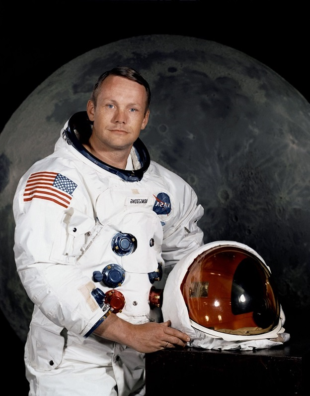 neil armstrong first man on the moon - photo #20